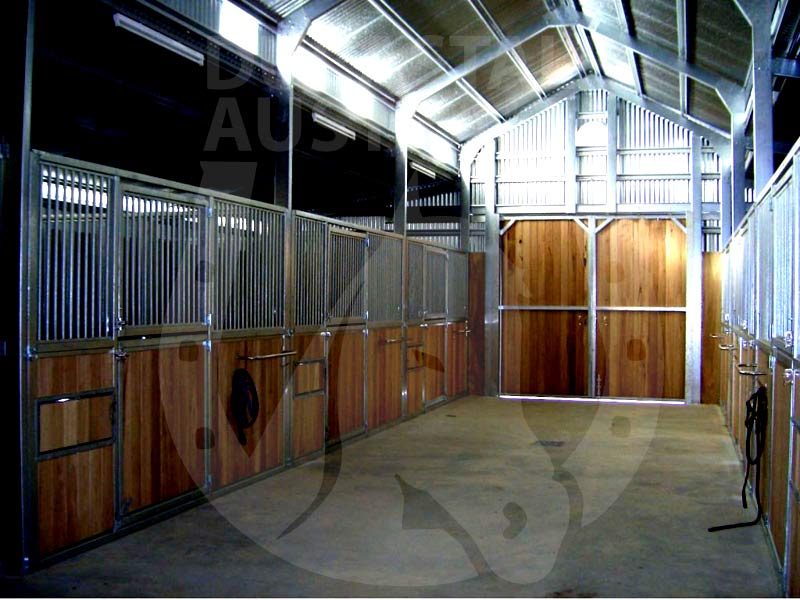 durastall-breezeway-barn-shed-horse-stables