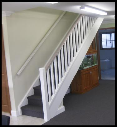 fully-lined-shed-stairs-up