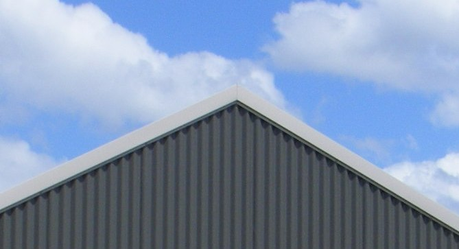 Barge On An Aussie Barn Shed 011 Steel Sheds In Australia